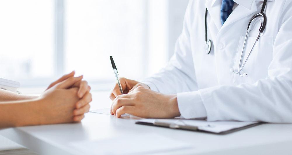 consulta medica con experto